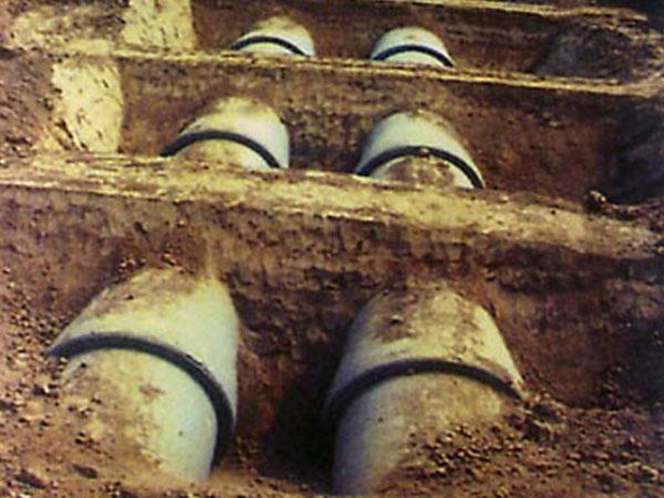 钢筋混凝土输水管